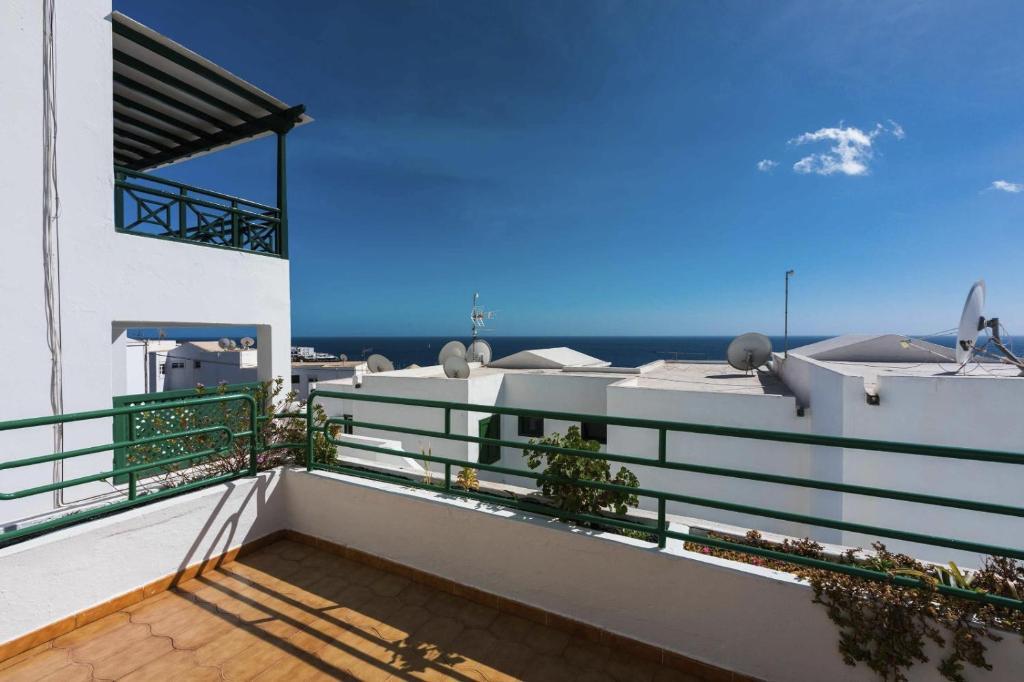 Un balcón o terraza de La Dolce VIta apartment