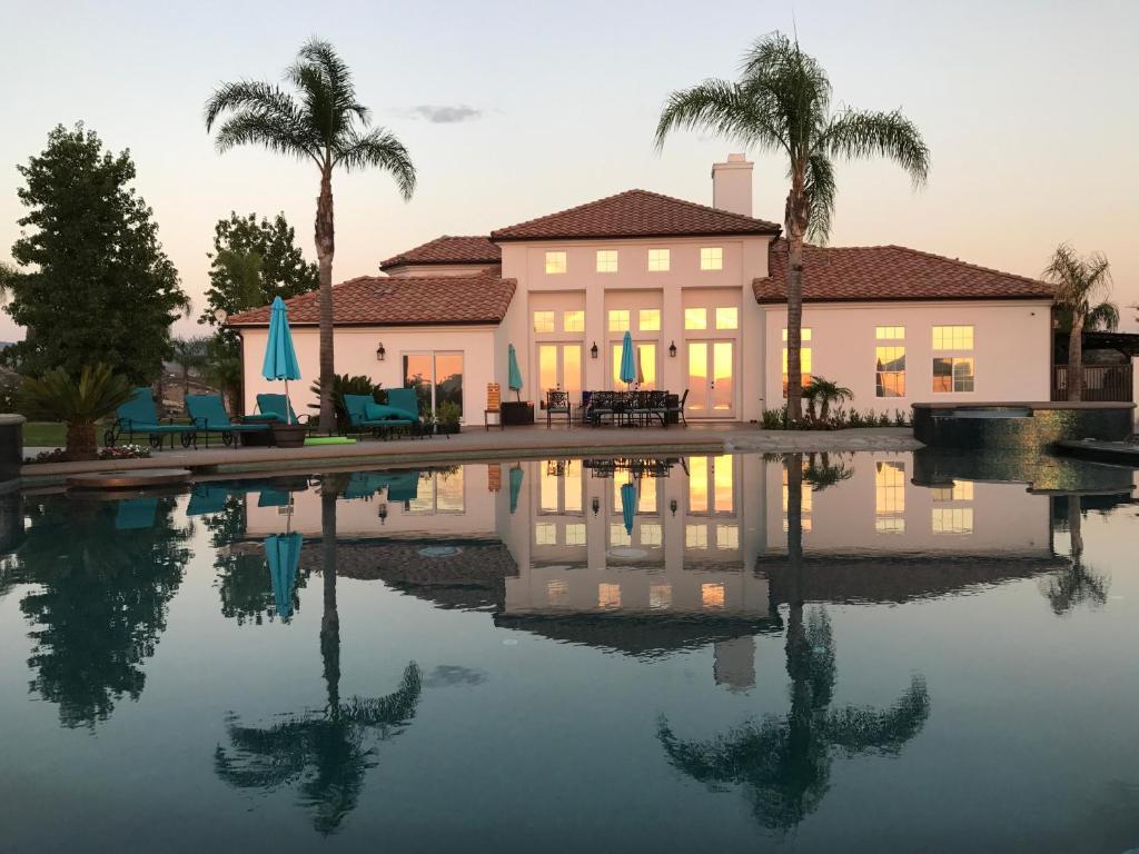 Vacation Home Hill Top Vinyard Estate Temecula Ca Booking Com