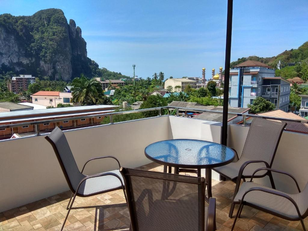 A balcony or terrace at De Loft Hotel