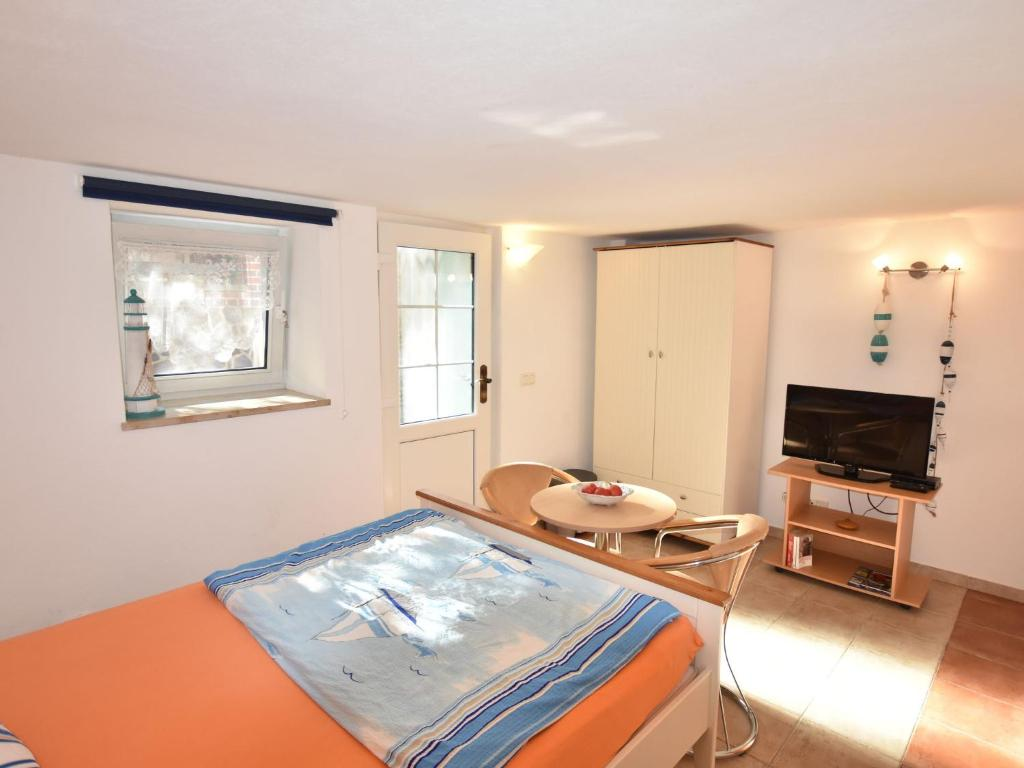 ferienwohnung zur eiche 3 ostseebad boltenhagen deutschland boltenhagen. Black Bedroom Furniture Sets. Home Design Ideas