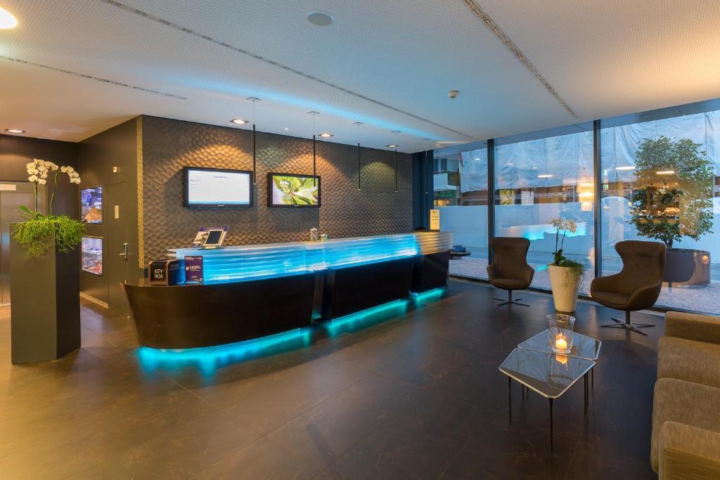 Camere Familiari Lugano : Novotel lugano paradiso lugano u prezzi aggiornati per il