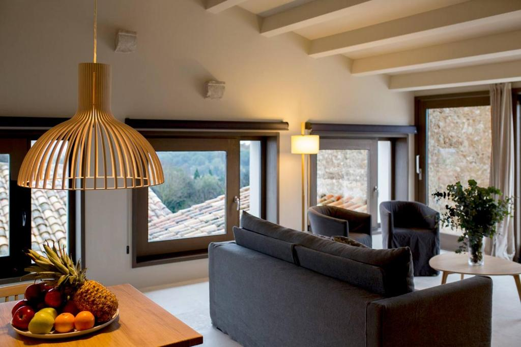 boutique hotels in girona  320