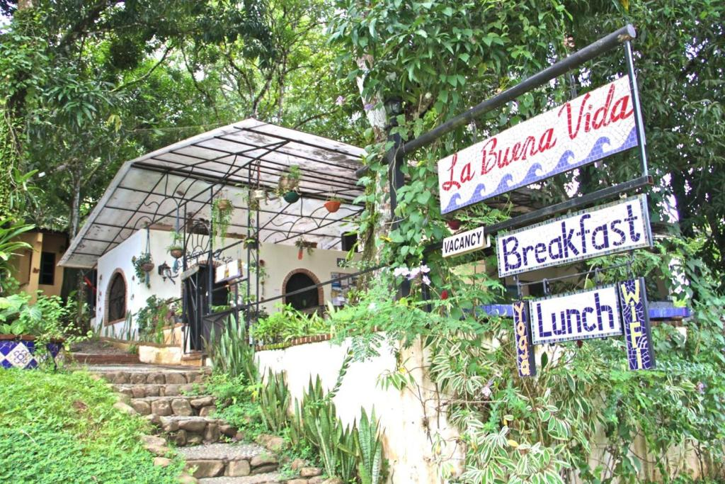 Statement Bag - Jungle botanical I by VIDA VIDA KFuYWx