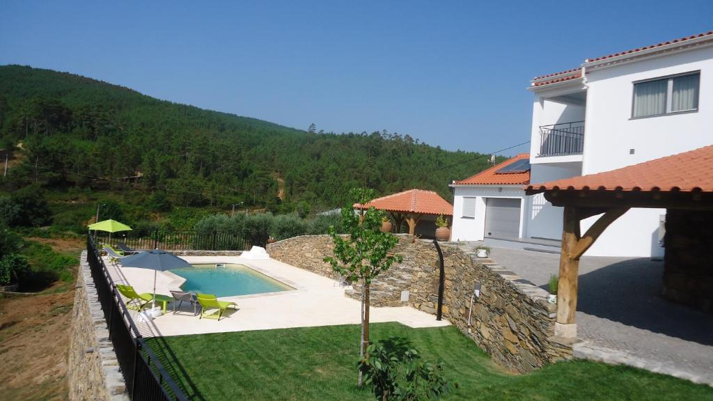 Vacation home moradia com piscina estreito portugal - Casa rural lisboa ...
