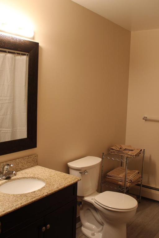 Attractive East Hill Apartment, Ithaca, NY - Booking com