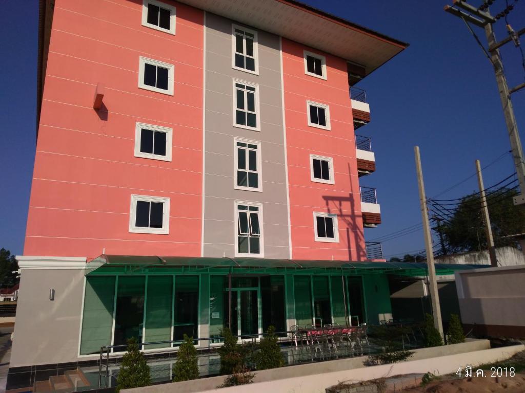 Apartments In Ban Rawoeng Chon Buri Province