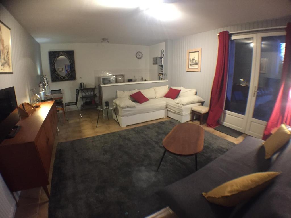 Apartments In Savignac-sur-l'isle Aquitaine