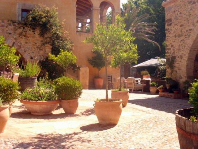 boutique hotels in peralada  5