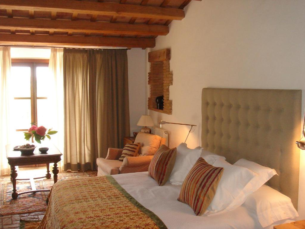 boutique hotels in girona  265