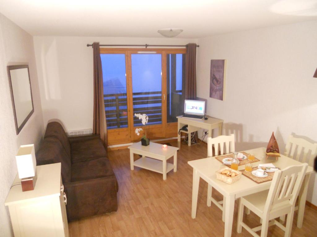 location appartement ski super besse