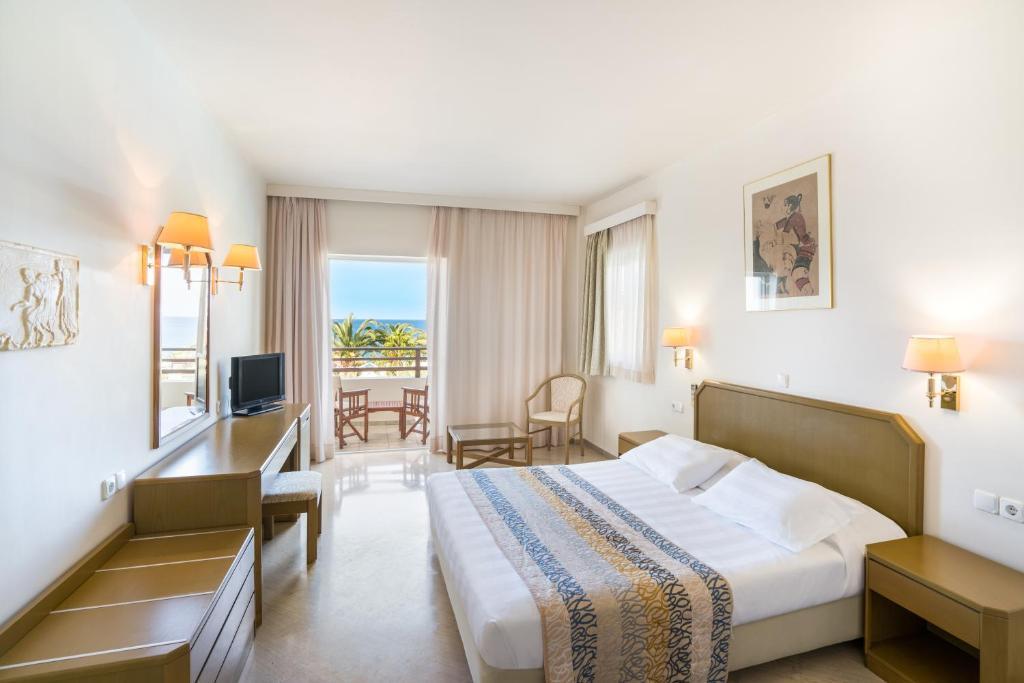 Hotel Iberostar Creta Panorama & Mare (Griechenland Panormos ...