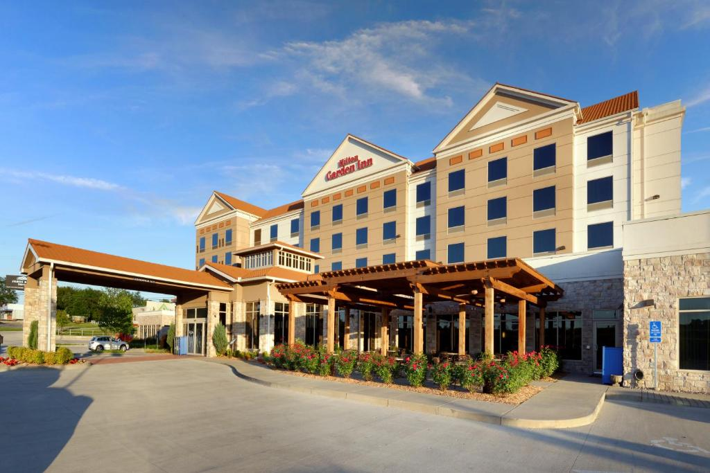 gallery image of this property - Hilton Garden Inn Springfield