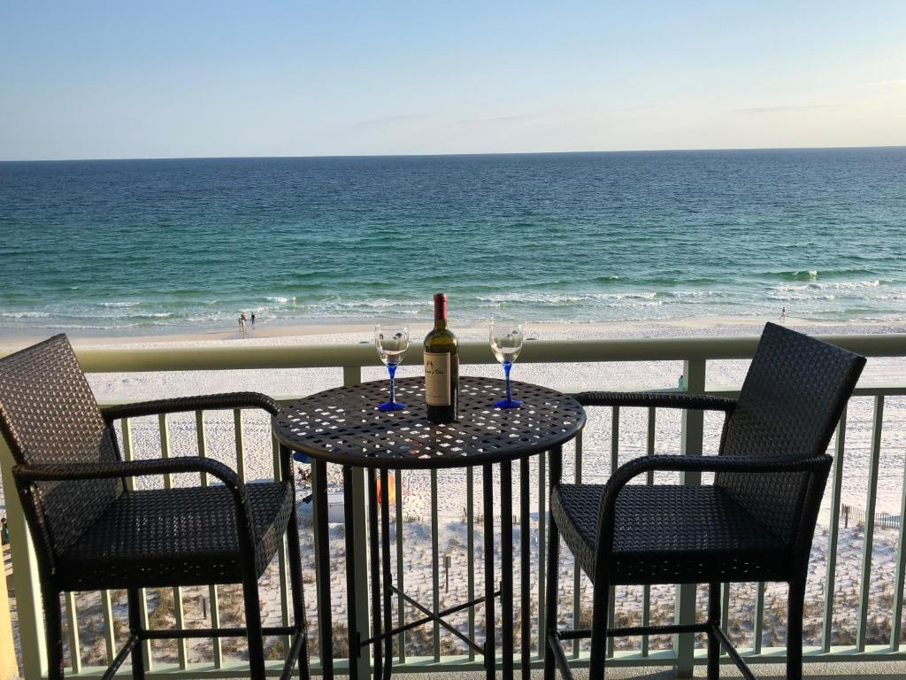Apartment pelican isle 604 retreat fort walton beach fl booking gallery image of this property solutioingenieria Gallery