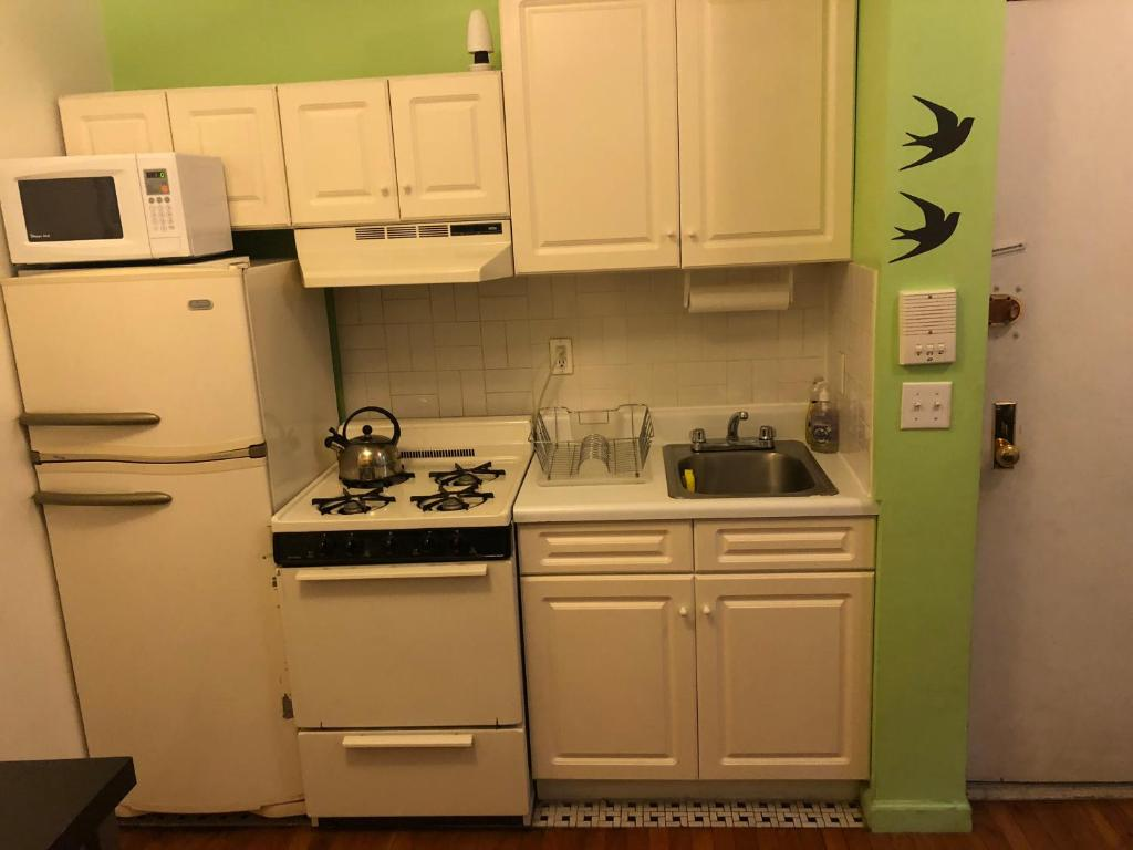 One Bedroom Apartment - Mott Street (USA New York) - Booking.com