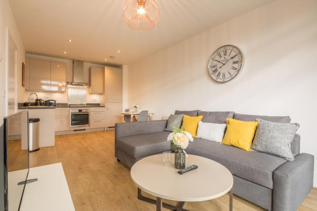 Skyline Serviced Apartments - Hertford, Hertford – Updated ...