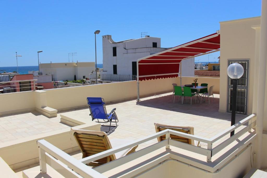 Vacation Home Casa Con Terrazzo Vista Mare In Centro, Maruggio ...