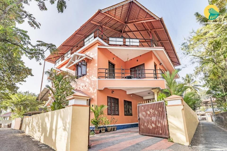Guesthouse with parking in Alappuzha, by GuestHouser 15228