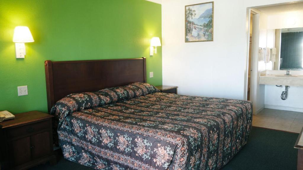 Baton Rouge West Inn, Port Allen, LA - Booking.com