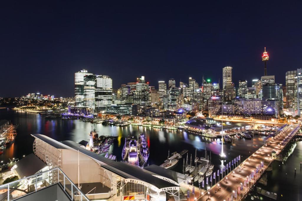 3 Bedroom Darling Harbour Apartment, Sydney - Updated 2019 ...