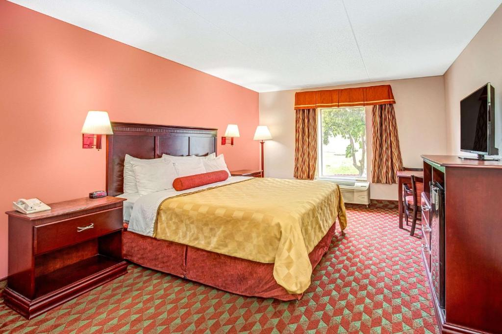 Ramada Murfreesboro Hotel