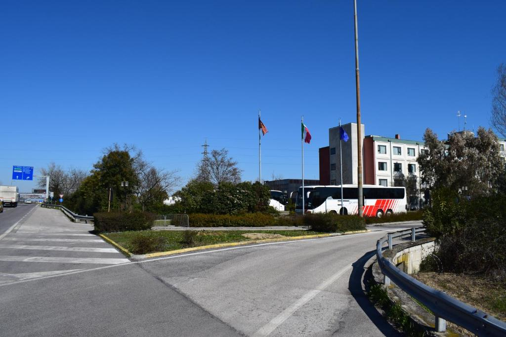 Russott Hotel, Mestre, Italy - Booking.com on