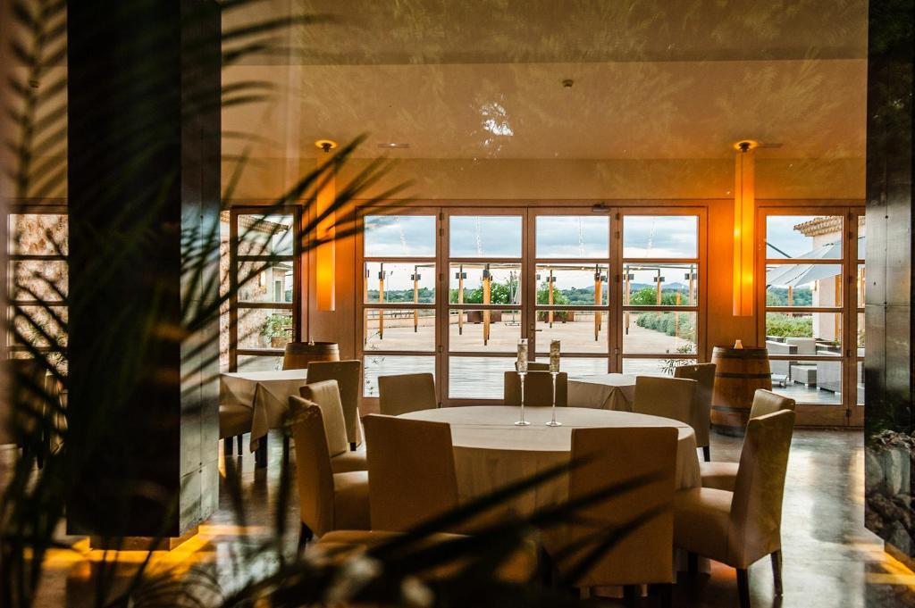 hoteles con encanto en vilafranca de bonany  24