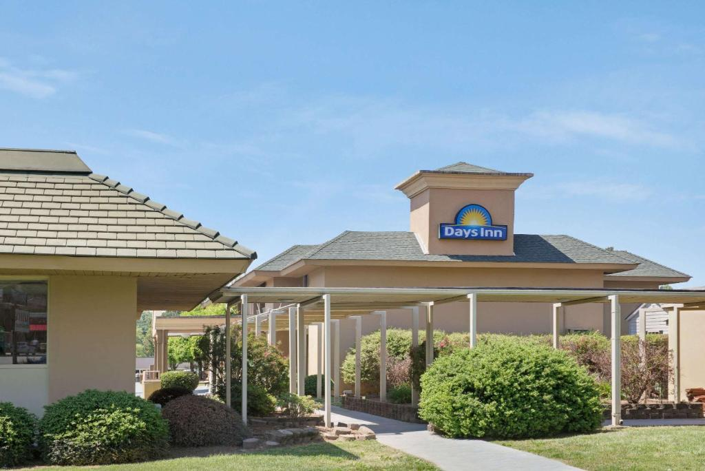 Days Inn by Wyndham Charlotte/Woodlawn Near Carowinds, Charlotte