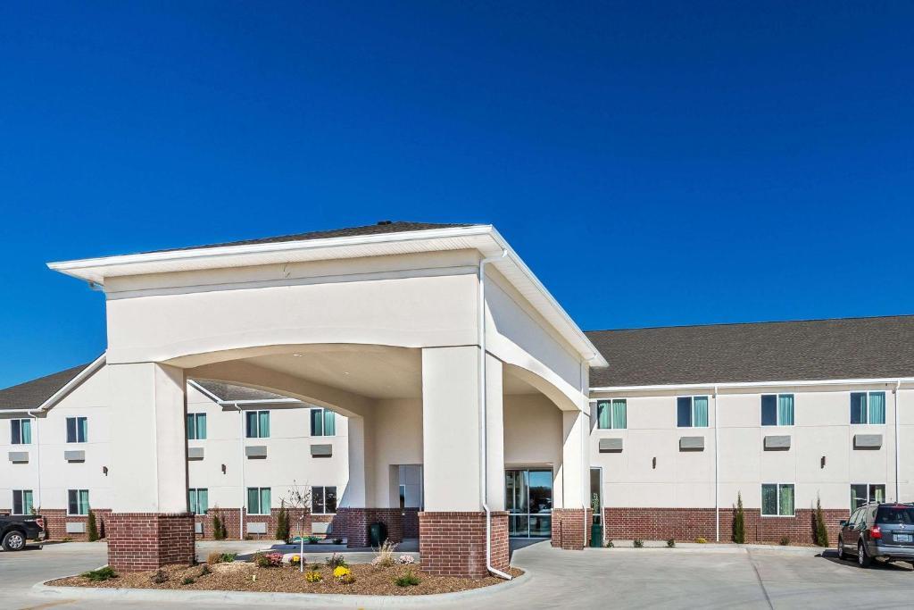 Days Inn and Suites El Dorado, KS - Booking.com El Dorado Mobile Homes Html on jamestown homes, arkansas homes, elf homes, st. louis homes, little rock homes,