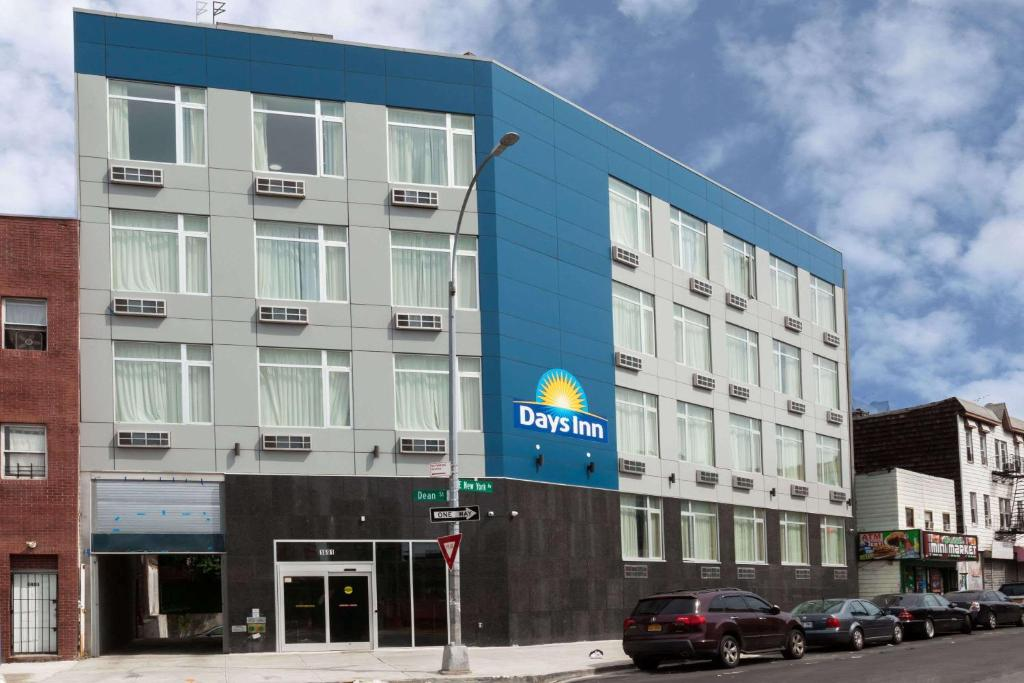 Days Inn By Wyndham Brooklyn Crown Heights Brooklyn