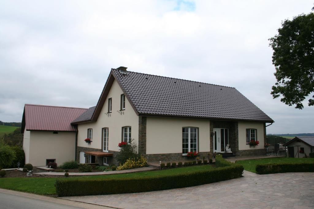 Apartments In Atzerath Liege Province