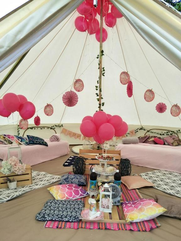 Hotel Jumbo Bell Tent By The Sea Singapur Singapur Booking Best Bell Tent Decor