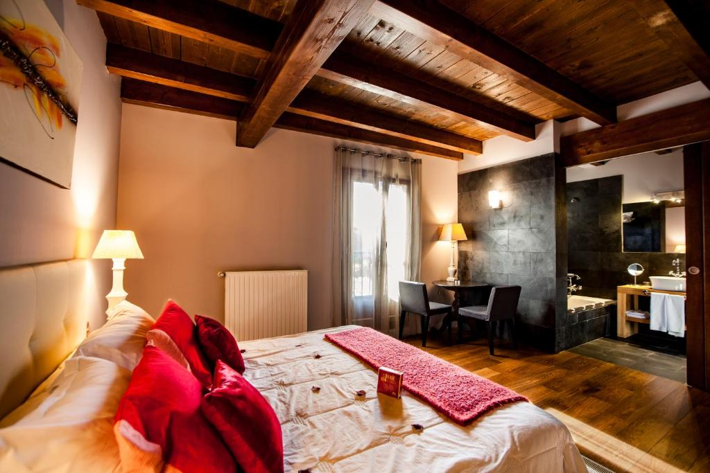 boutique hotels in navarra  52