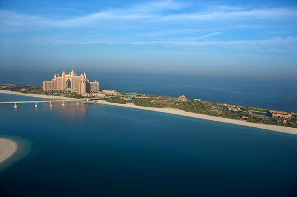 Resort Atlantis The Palm Dubai Uae Booking Com