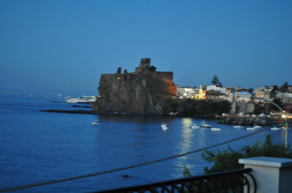 Bed and Breakfast La Terrazza, Aci Castello, Italy - Booking.com