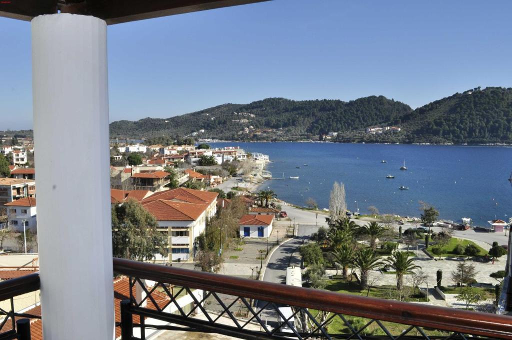 Apartment Fresh Rooms Skiathos Town Greece Bookingcom