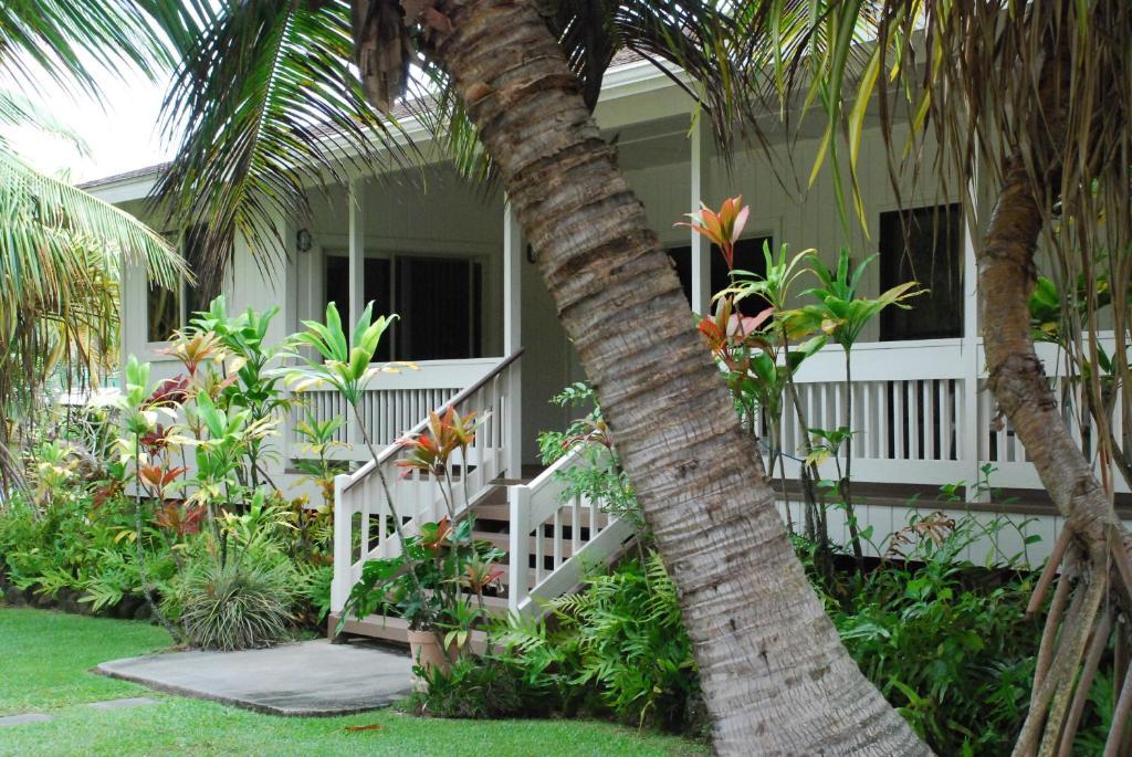 Hauula Ohana House, HI - Booking.com on flat top houses, hawaiian kitchens, traditional hawaiian houses, ancient hawaiian houses, hawaiian sugar cane, hawaiian golf courses, hawaiian plantation-style, hawaiian lanai design, hawaiian mansions, hawaiian house design, hawaiian village, kauai oceanfront rental houses, hawaiian style houses, hawaiian lanai house plans, samoa houses, polynesian style houses, hawaiian architecture, amazing beach houses,