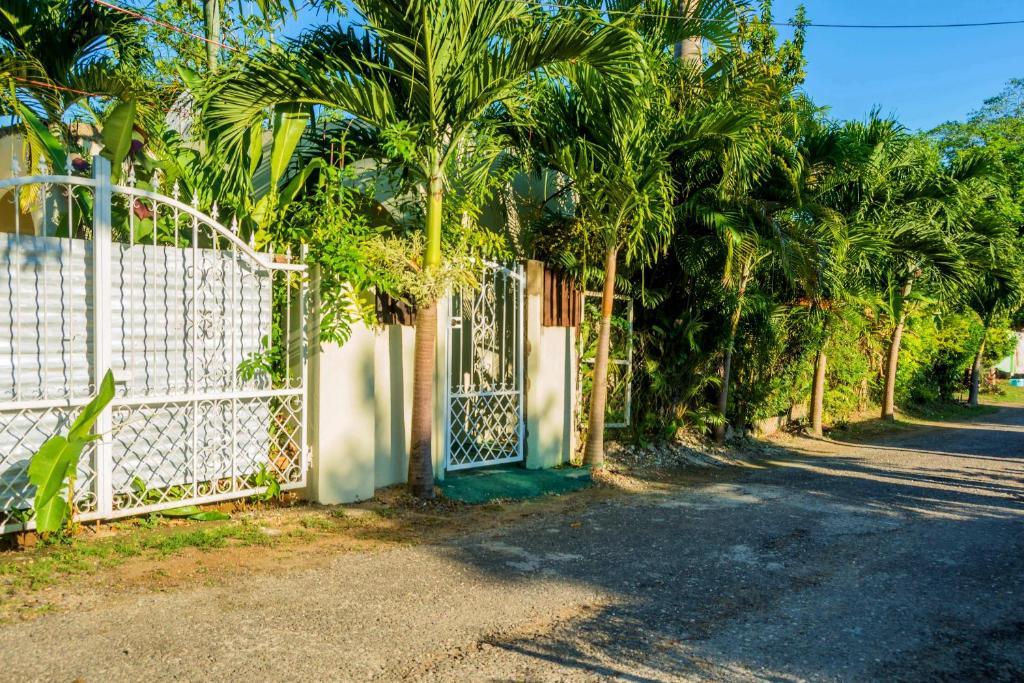 Negril Hill apartments, Jamaica - Booking com