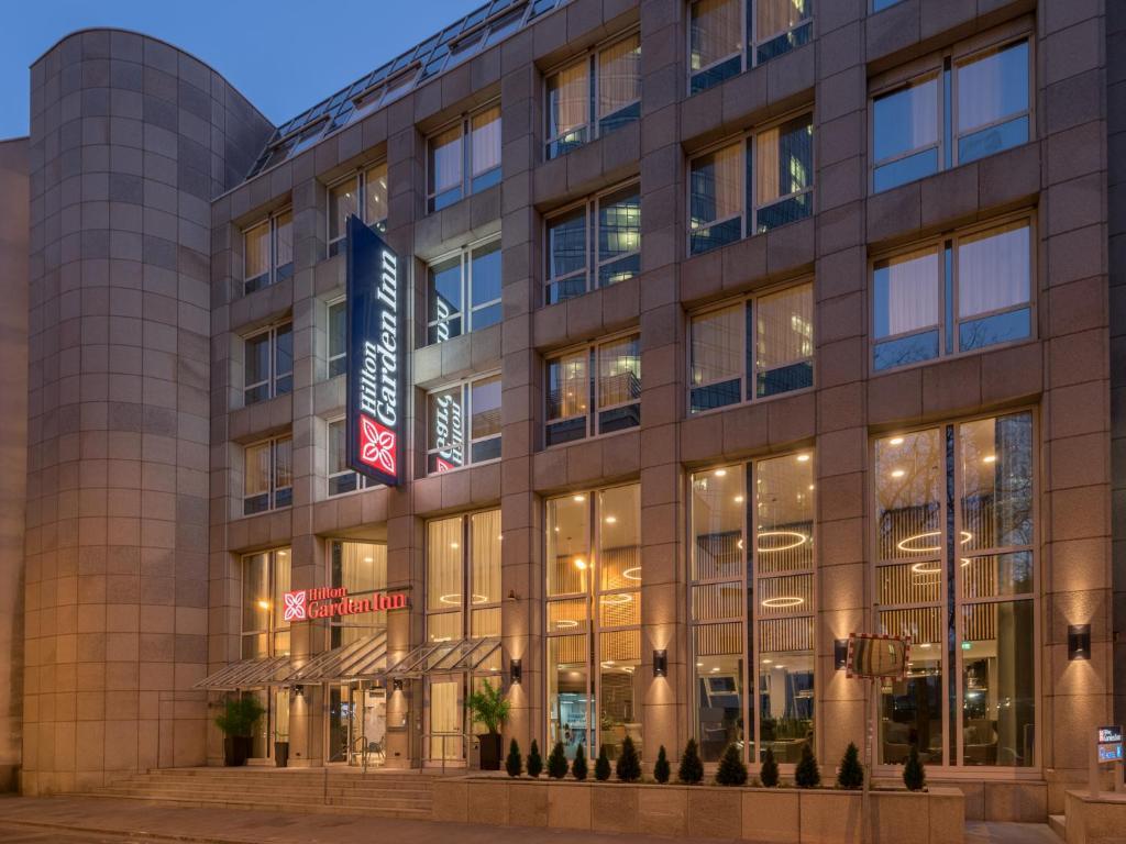 Hilton Garden Inn Frankfurt City Ce Germany Bookingcom