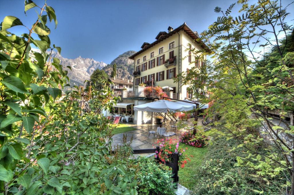 Villa Novecento Romantic Hotel Courmayeur Prezzi Aggiornati Per