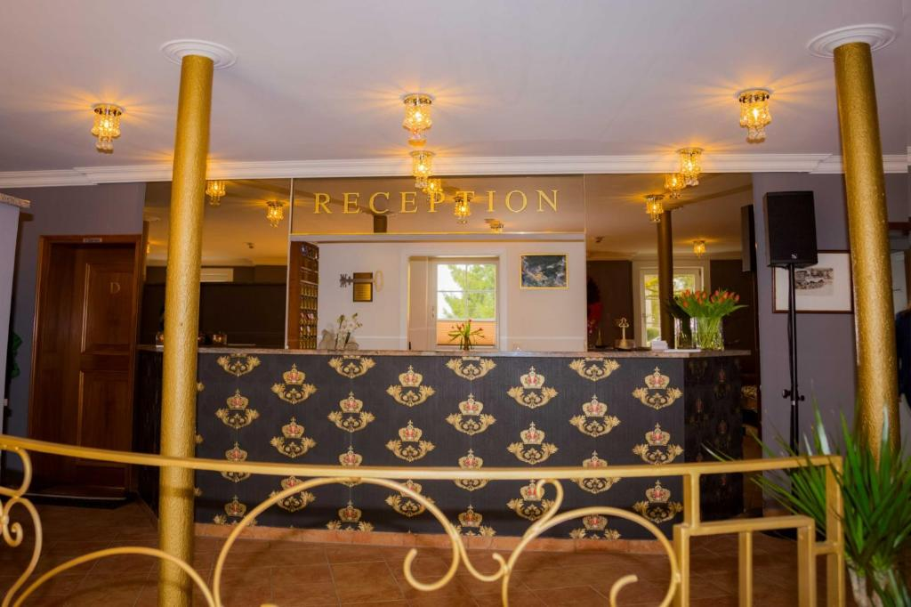 The lobby or reception area at Hotel Residenz23