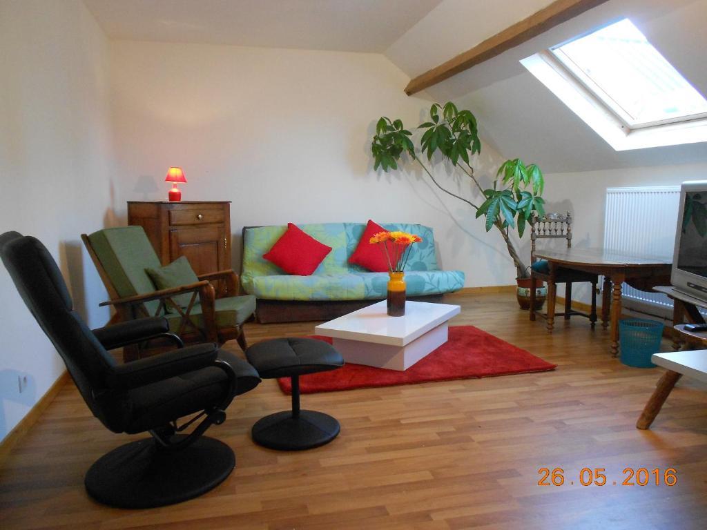 Apartments In Saint-hilaire-sur-helpe Nord