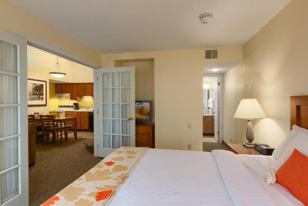 residences at daniel webster merrimack nh booking com rh booking com residences at daniel webster new hampshire residences at daniel webster tennessee