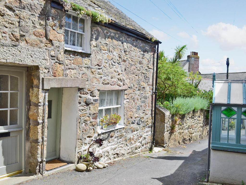 green man cottage mousehole uk booking com rh booking com