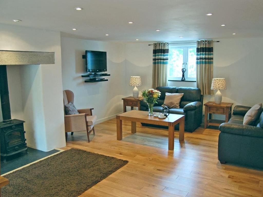 Gallery Image Of This Property Close X Home Park Farm Cottages B