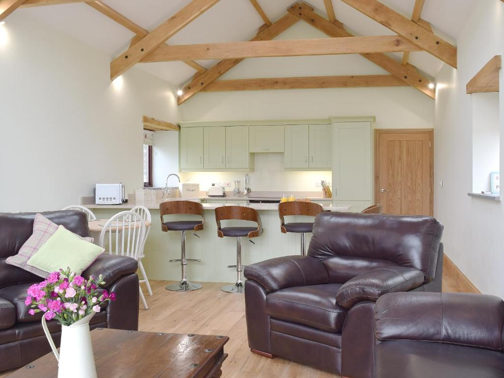 Southlands Barn, Saundersfoot – Updated 2018 Prices
