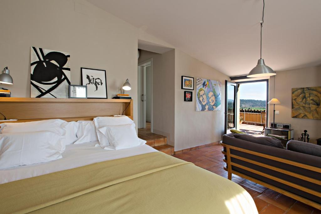 hotels with  charm in casavells  28