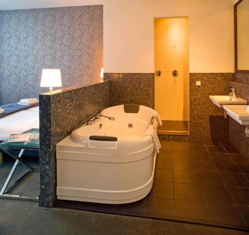 Grand Hotel Alkmaar (Niederlande Alkmaar) - Booking.com
