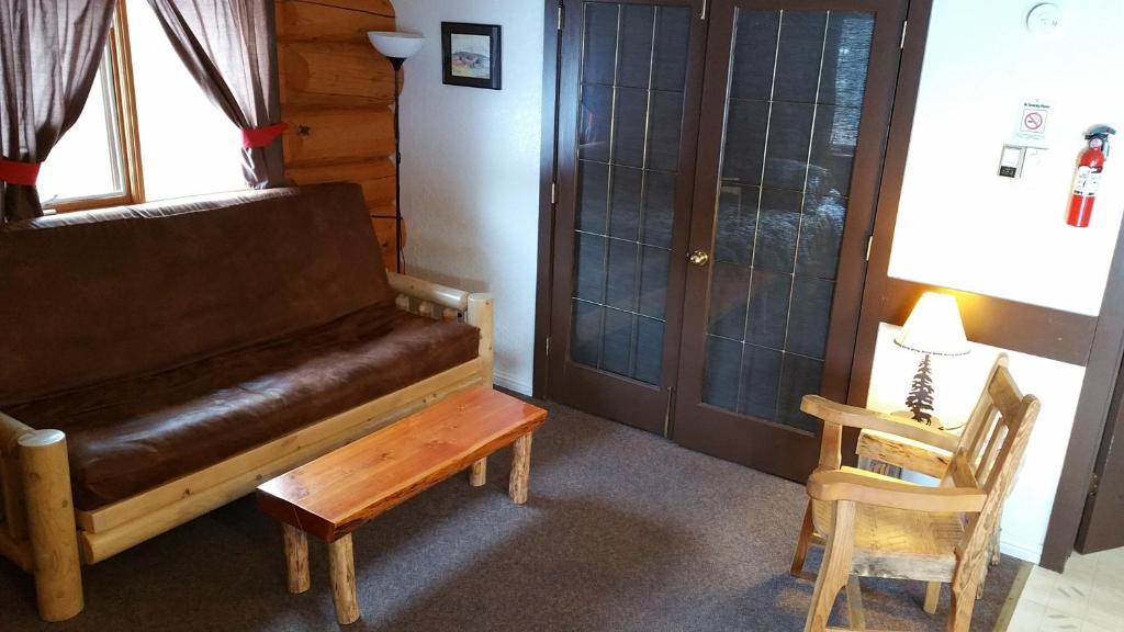 Twin Peaks Resort (Kanada Valemount) - Booking.com