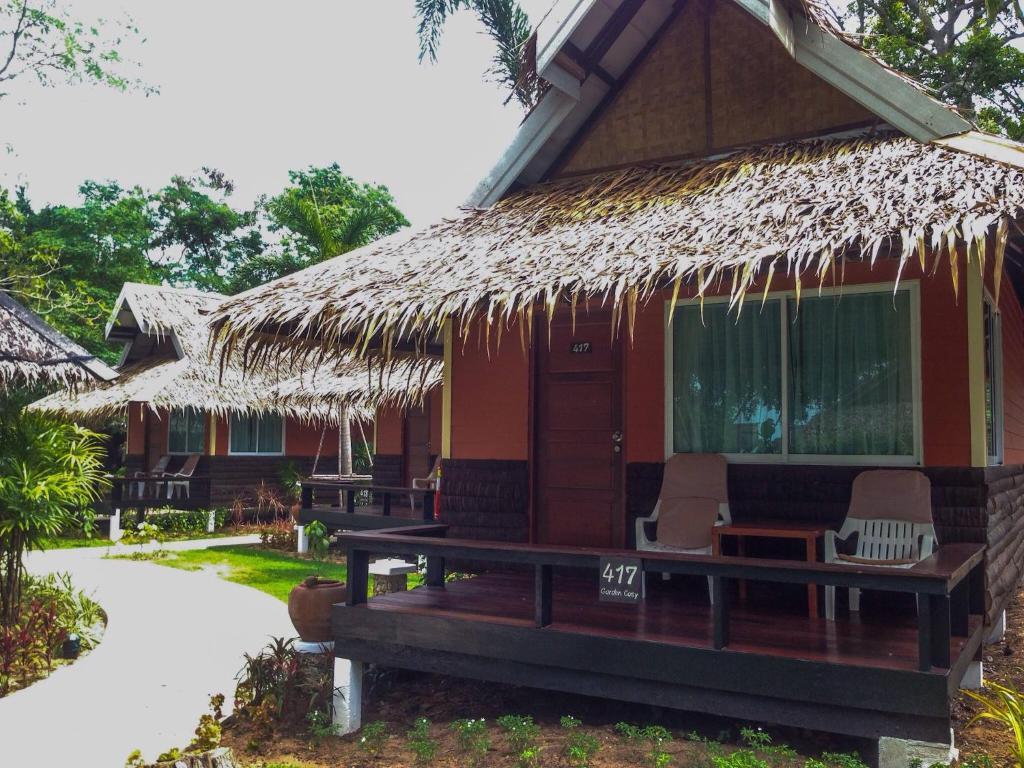The Sunset Village (Thailand Na Jomtien) - Booking.com