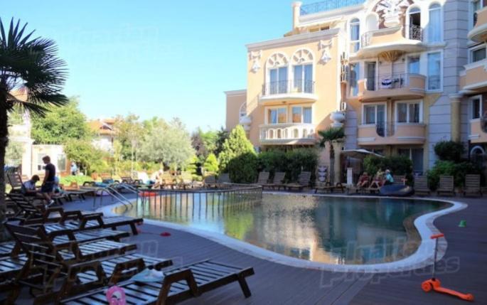 Апартамент Mellia Resort - Равда